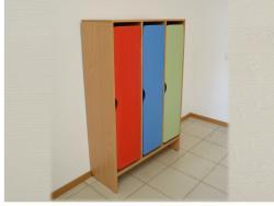 Шкафы для раздевания 3-секц