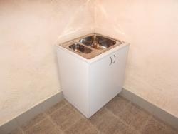 Тумба-мойка для мед.кабинета с двойной раковиной 750*550*860